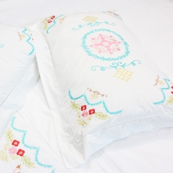 Luxury Egyptian cotton bedding set with embroidery